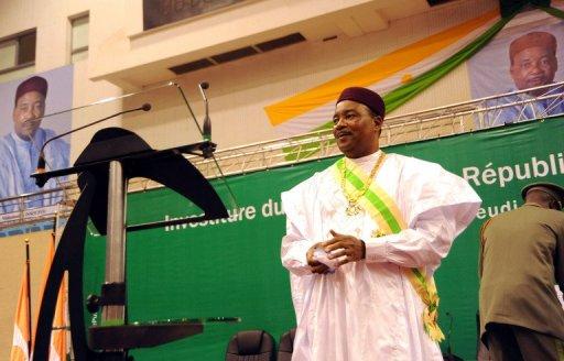 Le président nigérien Mahamadou Issoufou lors de sa cérémonie d'investiture le 7 avril 2011 à Niamey AFP/Archives Boureima Hama