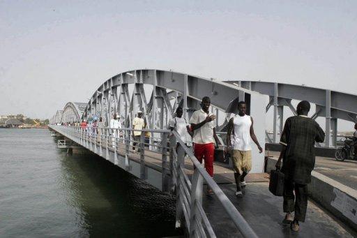 Le pont Faidherbe à Saint-Louis du Sénégal, le 25 juillet 2011. AFP Moussa Sow
