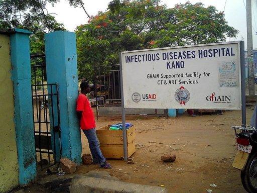 L'entrée de l'hôpital de Kano où Pfizer a mené des essais de médicaments, photographiée en juin 2007 AFP/Archives Aminu Abubakar