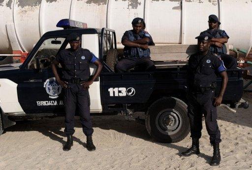 Policiers Angola