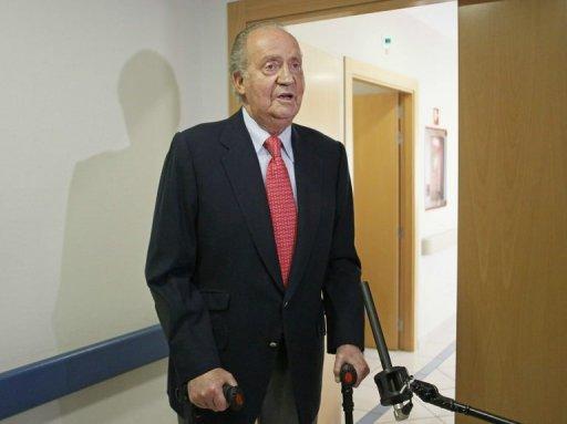 Le roi d'Espagne Juan Carlos hospitalisé à Madrid après s'être blessé lors d'une chasse au Botswana, le 18 avril 2012 AFP/Archives Paco Campos