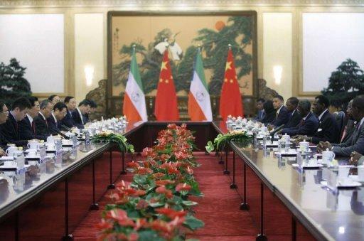 Réunion entre le président de Guinée Equatoriale et le président chinois à Pékin, le 19 juillet 2012 Pool/AFP How Hwee Young