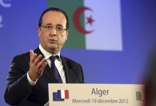 Le président François Hollande donne une conférence de presse à Alger, le 19 décembre 2012 AFP Philippe Wojazer