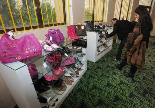 Exposition-vente de biens ayant appartenu à l'ex-président tunisien Ben Ali et à ses proches, le 23 décembre 2012 dans la banlieue de Tunis AFP Fethi Belaid