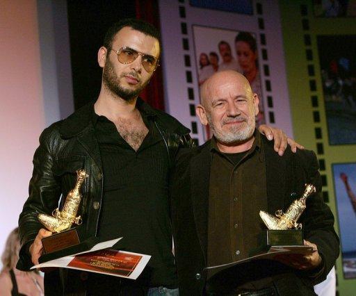 L'acteur tunisien Lofti Abdelli (G) au Festival du Film de Mascate, à Oman, le 29 janvier 2008 AFP/Archives Mohammed Mahjoub