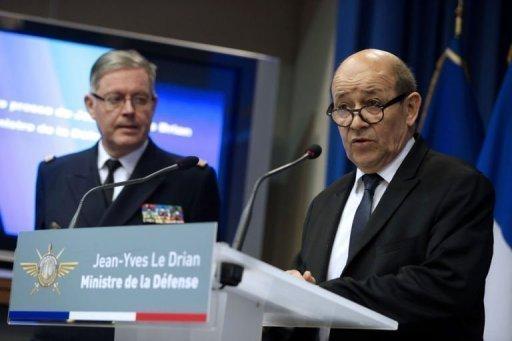 Le ministre de la Défense, Jean-Yves Le Drian, donne une conférence de presse à Paris, le 12 janvier 2012 AFP Kenzo Tribouillard