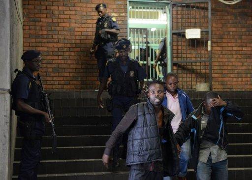 Un Congolais, membre supposé de l'Union des nationalistes pour le renouveau, devant le tribunal de Pretoria, le 7 février 2013 AFP