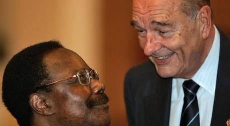 Omar Bongo et Jacques Chirac en 2006 Mihai Barbu / Reuters