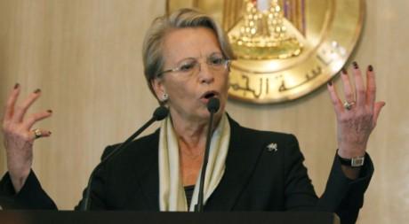 Michèle Alliot-Marie en conférence de presse au Palais présidentiel du Caire, le 22 janvier 2011. REUTERS/Asmaa Waguih