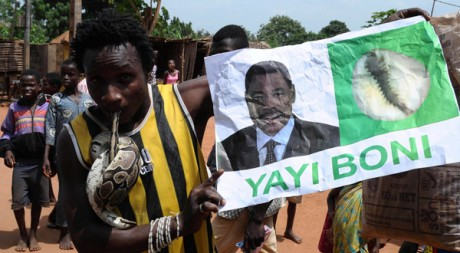 Dans les derniers jours de campagne électorale à Cotonou. Reuters/STR New
