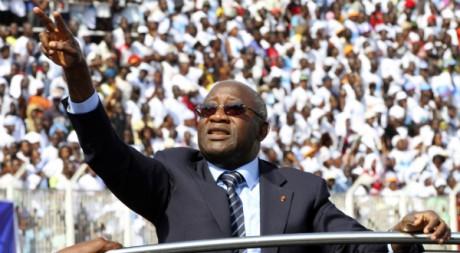 Laurent Gbagbo lors de sa campagne électorale en octobre 5010. Reuters/Luc Gnago