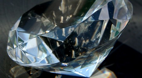 Diamond paperweight 8-24-09 3 by stevendepolo via Flickr CC