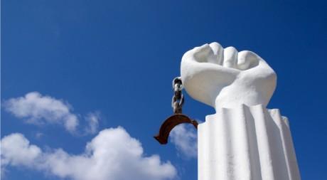 Monument to 1795 Slave Revolt, Landhuis Kenepa, Curaçao, by cphoffman42 via Flickr CC