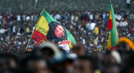 Des milliers de personnes réunies à Meskel Square à Addis-Abeba pour un hommage à Bob Marley. REUTERS/Antony Njuguna