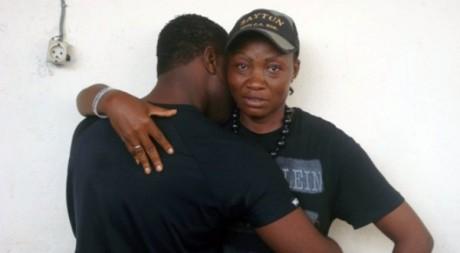 Candas Fenty et Anne-Marie à Douala, mai 2011. © Stéphane Tchakam. Tous droits réservés.