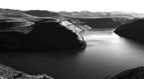 Katse Dam - Lesotho, 1996 © Santu Mofokeng
