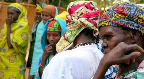 Peul women, by hdptcar via Flickr CC