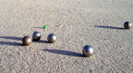 Boules de pétanque, by atgrims via Flickr CC