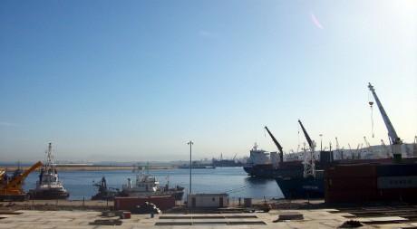 Les dockers du port d'Alger en grève à propos d'un litige contractuel, by Magharebia via Flickr CC