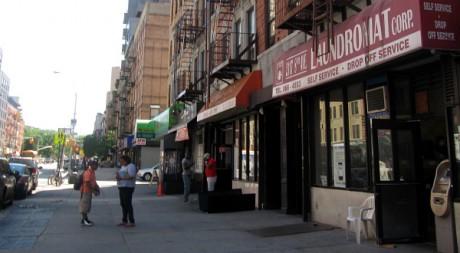 Avenue Frederik Douglass, dans le quartier de Harlem, New York. © Sabine Cessou, tous droits réservés.