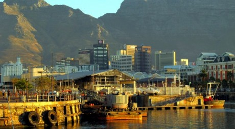 La ville du Cap en Afrique du Sud, by Jean Tarkastad via Flickr CC