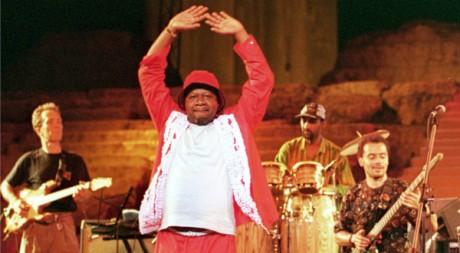 Un concert de Papa Wemba, le 21 juillet 2000. REUTERS/STR New
