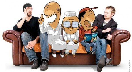 Greg Blondin et Noredine Allam assis avec les personnages de Muslim'show, courtesy of Editions BDouin