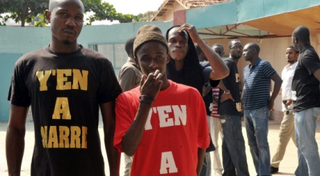 Leaders et membres du mouvement Y en a marre lors d'une conférence de presse, le 27 juin 2011, à Dakar. AFP PHOTO / SEYLLOU