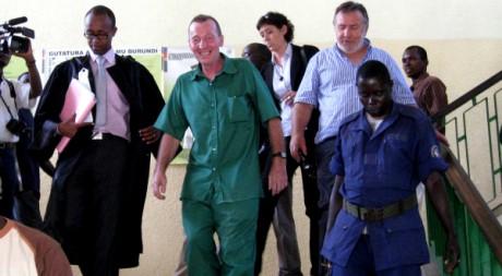 Patrice Faye arrive à la cour d'appel de Bujumbura, au Burundi, le 25 mai 2011. AFP PHOTO/Esdras NDIKUMANA