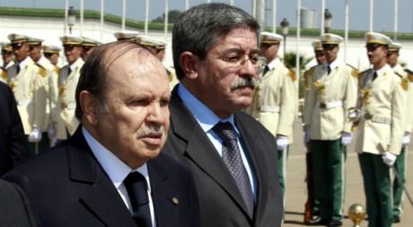 Le président algérien Bouteflika et son Premier ministre Ouyahia, à Alger, le 18 septembre 2010. REUTERS/Zohra Bensemra