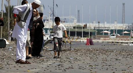 Des milliers de douilles jonchent le sol des rues du centre de Tripoli, le 27 août 2011. REUTERS/Youssef Boudlal