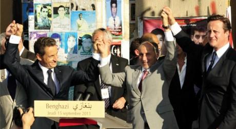 Nicolas Sarkozy, David Cameron et Moustafa Abdel Jalil à Tripoli, le 15 septembre 2011. REUTERS/Esam Al-Fetori