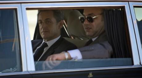 Nicolas Sarkozy arrive à Tanger avec Mohammed VI, le 29 septembre 2011. REUTERS/POOL New