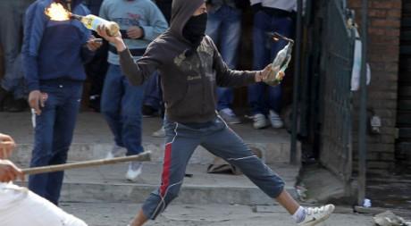 Manifestation le 16 mars 2011. Reuters/Louafi Larbi