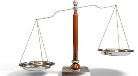 Balance,  symbole de la justice. Flickr/ par winnifredxoxo