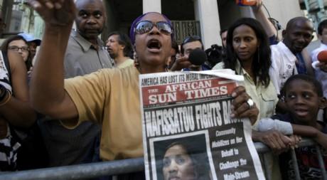 Manifestation de soutien à Nafissatou Diallo à New York, 22 août 2011. REUTERS/Brendan McDermid.