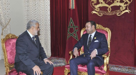 Le nouveau Premier ministre Abdelilah Benkirane et Mohammed VI. Reuters