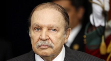 Le président Abdelaziz Bouteflika, 11 décembre 2011 à Alger. REUTERS/ Louafi Larbi