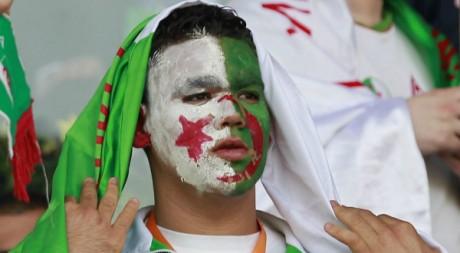 Supporter algérien le 28 mars 2011. Reuters/Louafi Larbi