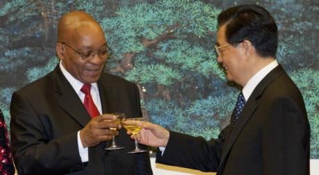 Jacob Zuma et son homologue chinois Hu Jintao à Pékin, le 24 août 2010. REUTERS