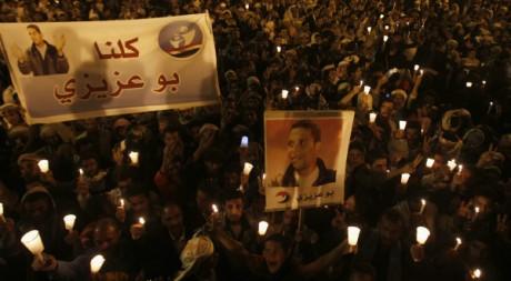 Des manifestants à Sanaa célèbre le premier anniversaire de Mohamed Bouazizi - REUTERS/Khaled Abdullah Ali Al Mahdi