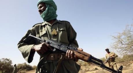 Un soldat de l'armée du Mali, dans l'est du pays, en 2006. REUTERS/Luc Gnago