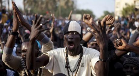 Manifestation contre la candidature d'Abdoulaye Wade à Dakar, le 31 janvier 2012. REUTERS/Stringer .