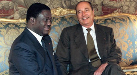 Jacques Chirac et Henri Konan Bdi, le 25 avril 1997, au palais de l&#039;Elyse. AFP/JEAN-CHRISTOPHE KAHN