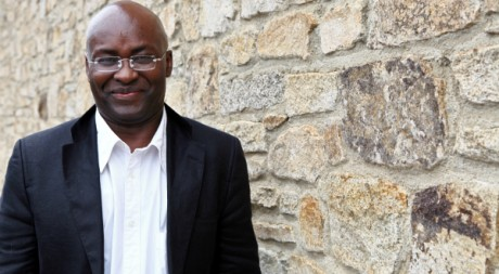 Achille Mbembe, à Saint-Malo, en juin 2011. AFP PHOTO / CYRIL FOLLIOT