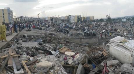 Le quartier de Mpila rasé par le souffle de l'explosion, Brazzaville, 5 mars. ©Erwan Morand