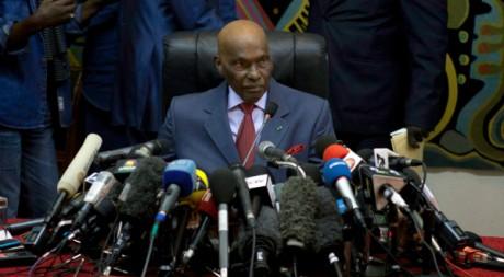 Conférence de presse d'Abdoulaye Wade, le 27 mars 2012, Dakar. REUTERS/Stringer