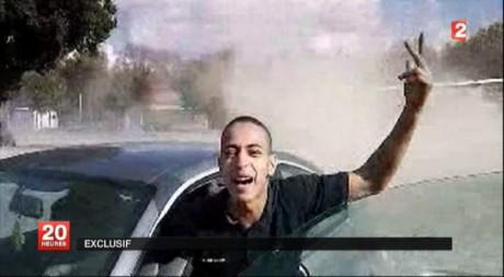 Capture d'écran de Mohammed Merah dans le journal de 20h sur France 2 le 22 mars 2012. Reuters/Handout