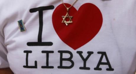 L'étoile de David sur un tee shirt «I love Libya» à Tripoli le 2 octobre 2012.  le Reuters/Suhaib Salem