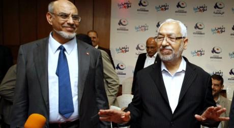 Le Premier ministre Hamadi Jebali et le leader d'Ennahda Rached Ghannouchi à Tunis, le 28 octobre 2011. REUTERS/Zoubeir Souissi